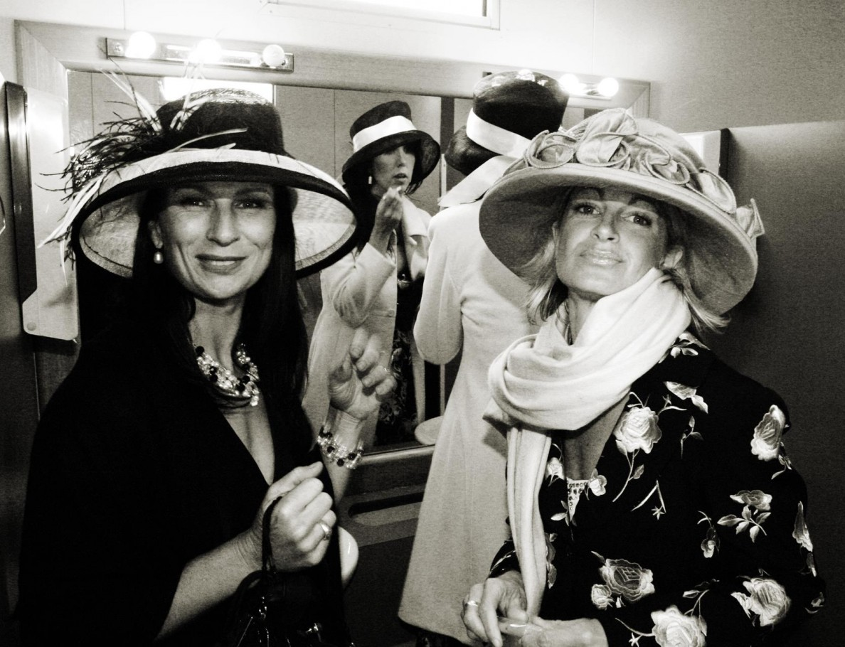 Ladies in the bathroom: Melbourne Cup